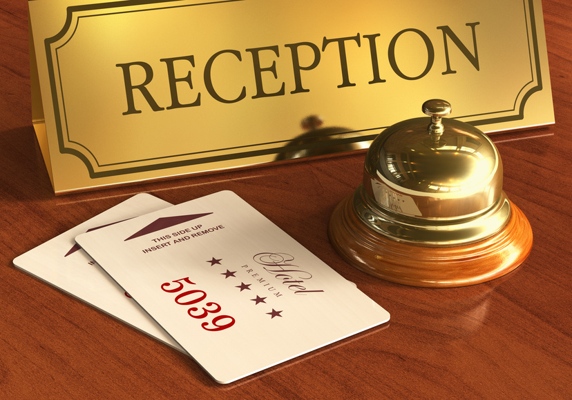 Hotel Rezeption mit Türkarten